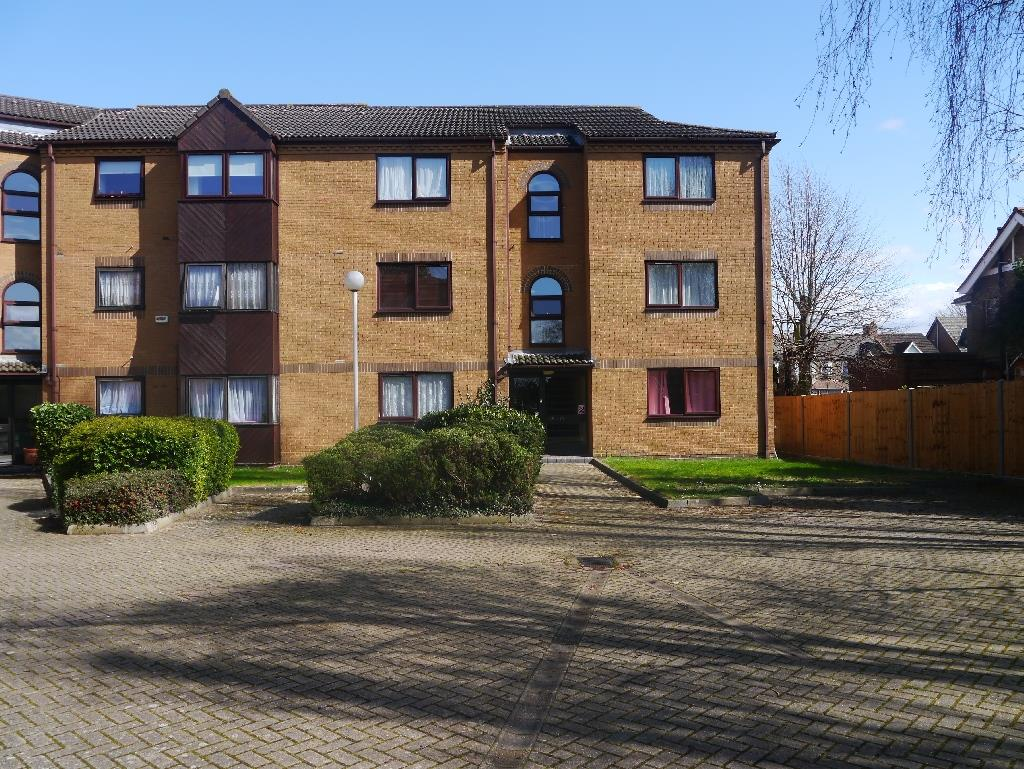 Westgate Court, Waltham Cross, EN8